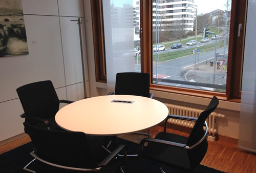 Tullnau Tagungspark - Conferences, events - Conference rooms in Nuremberg - Conference rooms directly at the Wöhrder See - equipped with state-of-the-art technology, meeting rooms, seminar rooms, seminars, event rooms, event location, B2B events, catering - Kornburg Gruppenraum